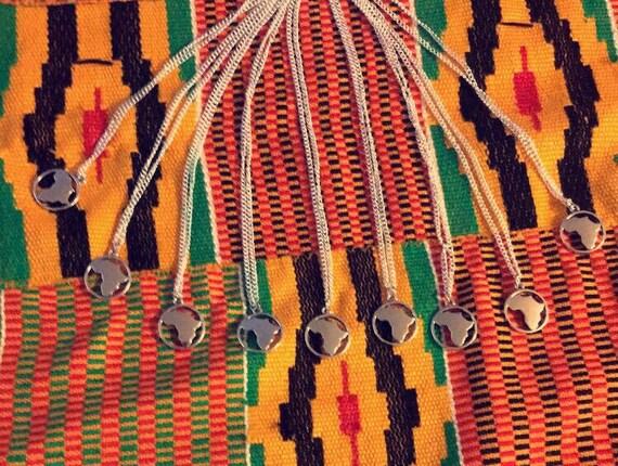 Collier de la mère patrie - Afrique