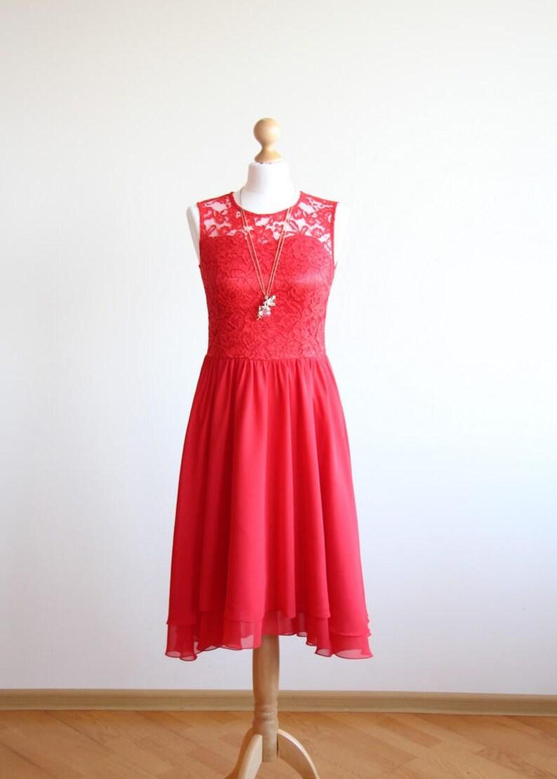 631e43217ff8 Pizzo rosso abito corto damigella d onore vestito corto