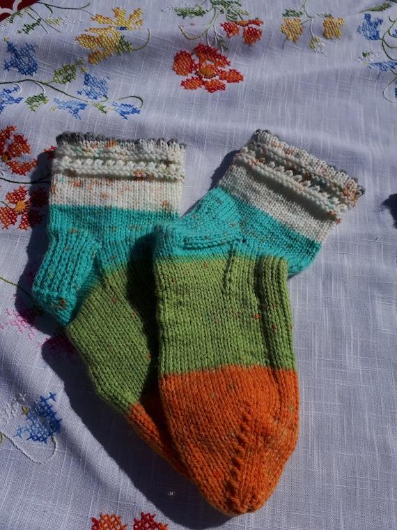 Hand knitted socks bas tricot\u00e9s \u00e0 la main