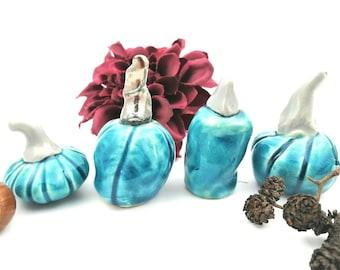 Decorative mini pumpkins, set of 4, ceramic pumpkin, autumn decoration, Halloween decoration, fairy garden, pumpkin figurines, collectibles