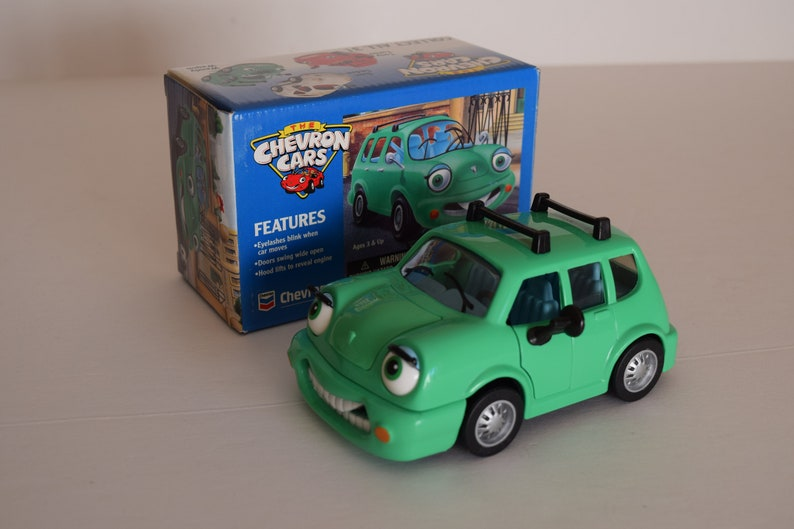 vintage toy model 1996 new in box Chevron Cars Wendy Wagon gas station promo