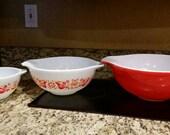 Pyrex Friendship Cinderella Nesting Bowls