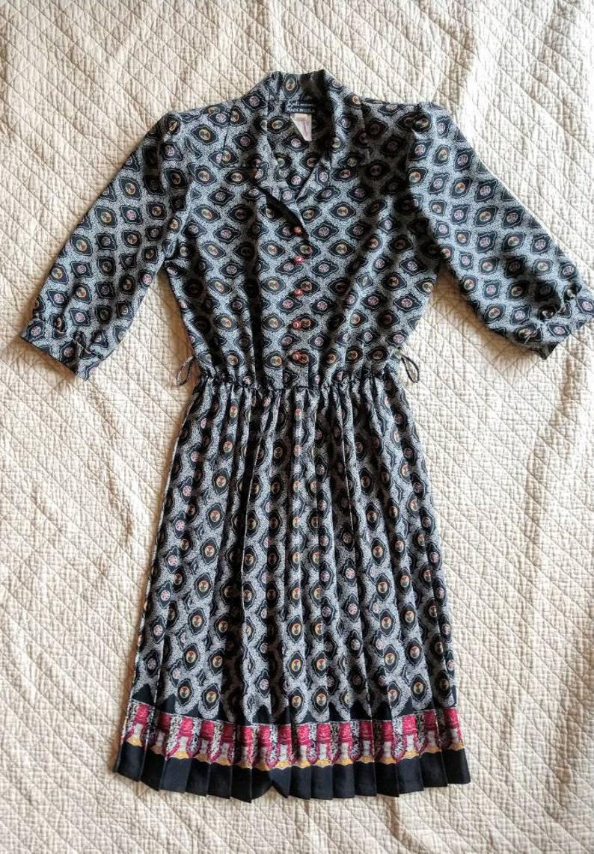 80/'s secretary dress puff sleeve pleated skirt Medium black white romantic pattern