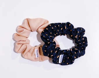 Knotty Gal Scrunchy Combo - Marilyn and Caroline