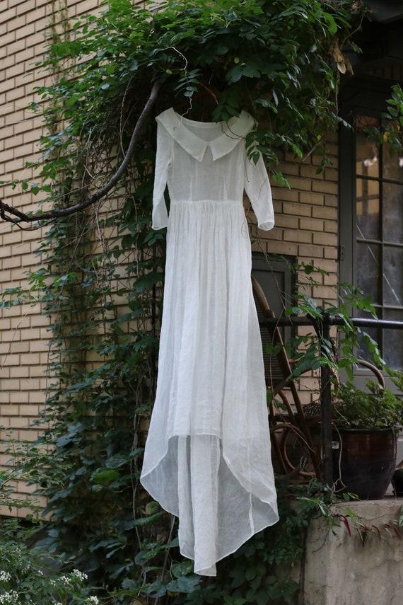 Vintage 1930s Sheer Ivory Organza Wedding Gown - image 4