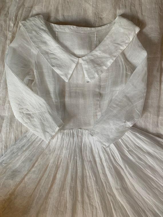 Vintage 1930s Sheer Ivory Organza Wedding Gown - image 5