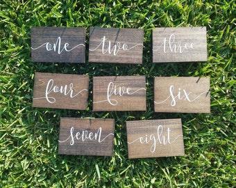 Numéros de Table en bois, numéros de Table, numéros de Table de mariage, décor de Table, numéros de Table rustique, mariage réception décor, décor de mariage