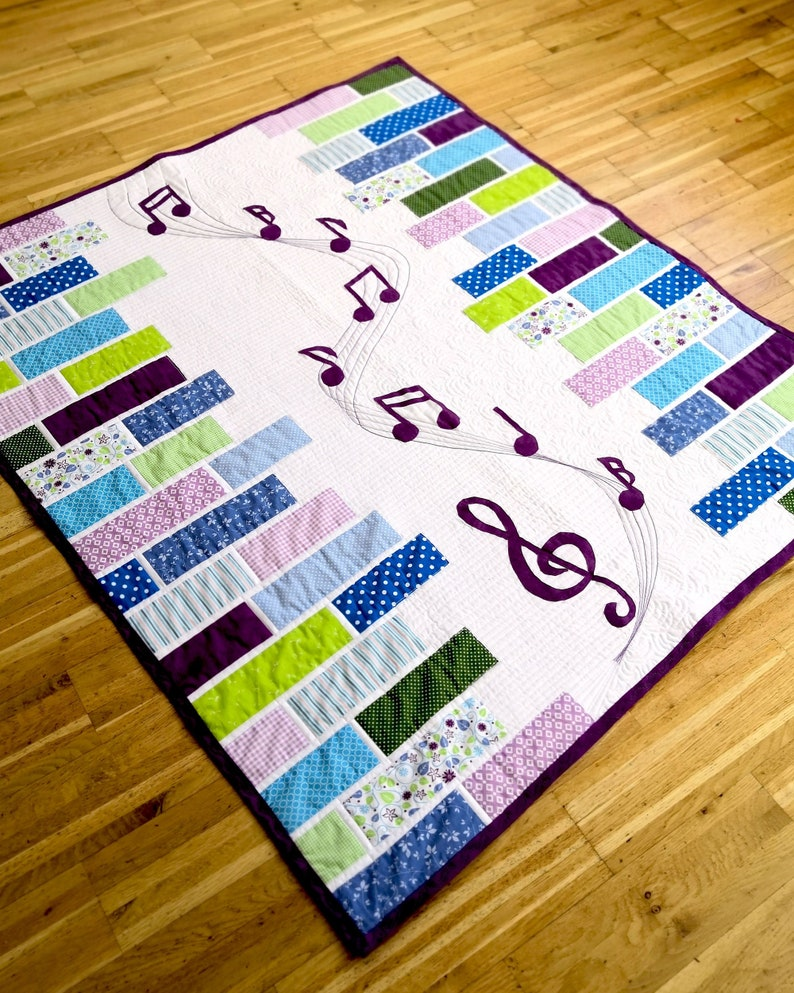 Sound of Music  a modern applique quilt pattern for Music image 0
