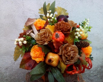 Autumn table with rose scented wax-fruit-flowers