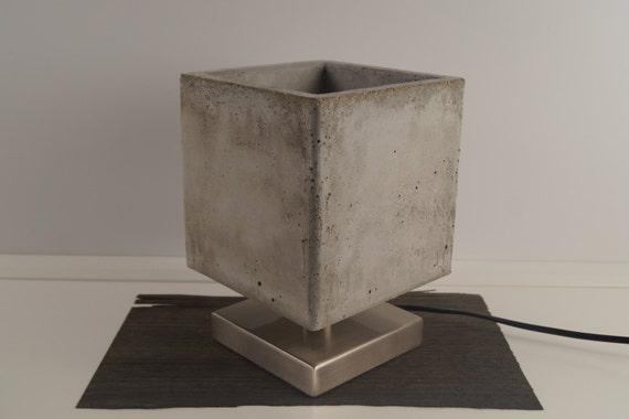 concretoLámpara mesa de hormigón hormigón a de ligero de de mano Lámpara de mesa hecha hormigónLámpara de diseñoLámpara de shQdCBtrx