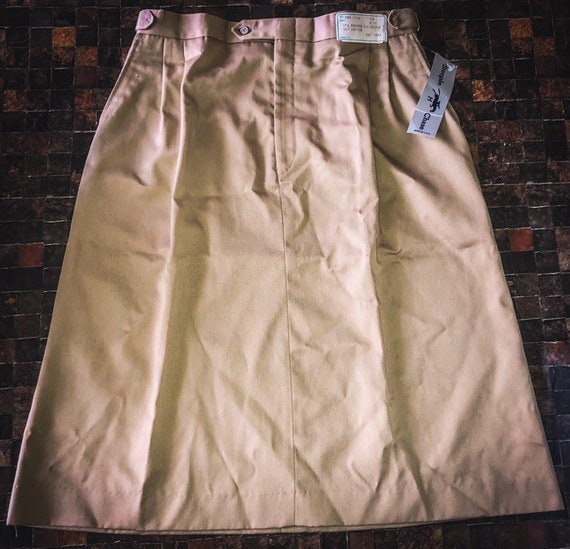 80/'s90/'s Deadstock Vintage SteepleChase A-Line Khaki Skirt with Side Pockets and Adjustable Waist Great Vintage Condition!