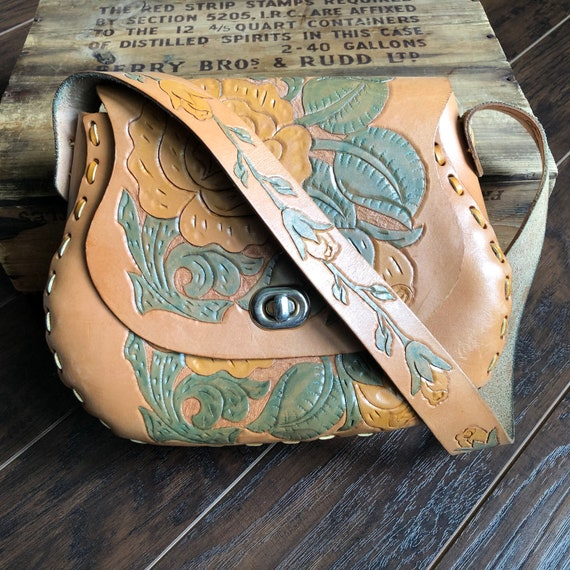 70's Vintage Boho Western Tooled Leather Floral Pu