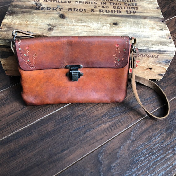 70's Vintage Boho Western Tooled Leather Purse