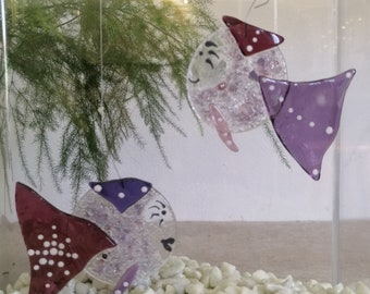 Josephine the gallant, pink and purple fish, glass molten, mobile animal burlesque, sun catcher, garden decoration, aquarium