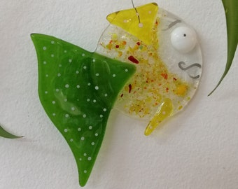 Master Augustine, green and yellow fish, glass fusion, sun catcher, garden decoration, mobile marine animal, aquarium, burlesque