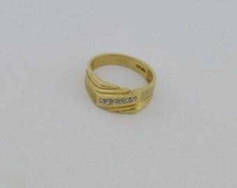 10k Yellow Gold Estate Diamond Band/Ring Size 10