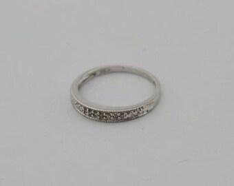 10k White Gold Estate Diamond Band/Ring Size 7.5