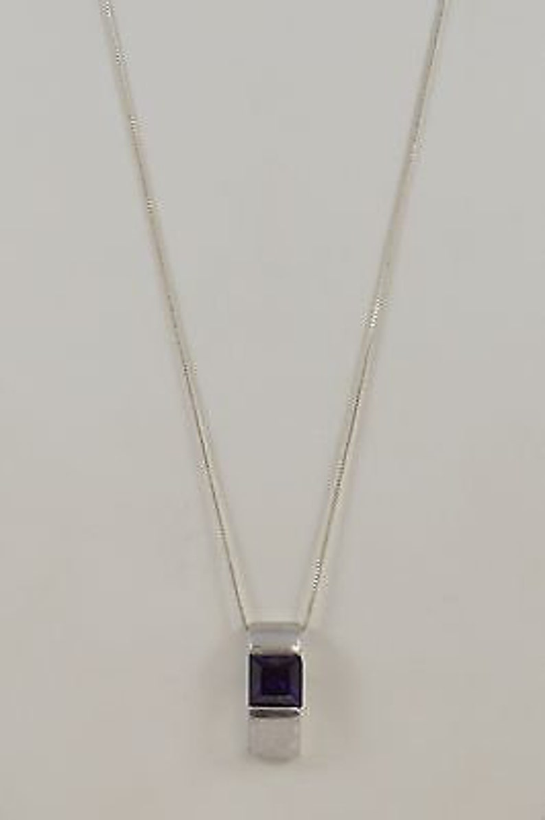 Sterling Silver 925 Box Chain With Purple Stone Rectangular Pendant 18/'/' Jewelry Is Me:Great Holiday Gifts Him or Her Vintage to Modern