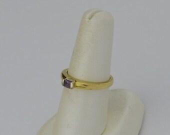 14k Yellow Gold Estate Purple Sapphire Ring Size 7