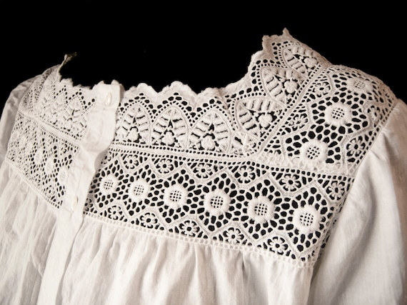 Antique cotton nightgown. Year 1910.