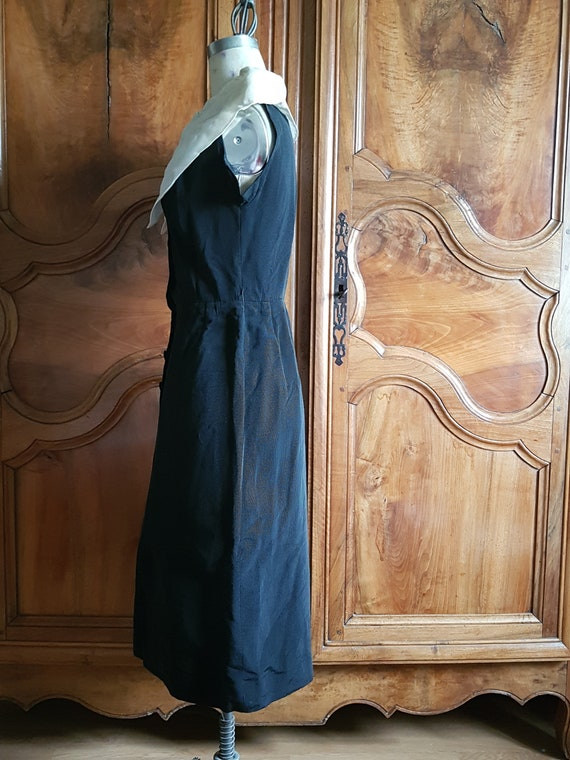 Black and white vintage pencil dress 1940s/50s. H… - image 8