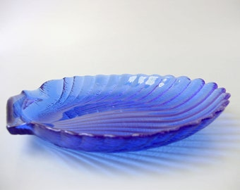 Vintage blue glass plate,centerpiece,shell shaped plate
