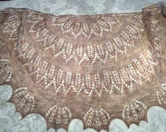 Hand-crafted shawl ROMANESQUE 100% bluefaced Leicester hand-dyed