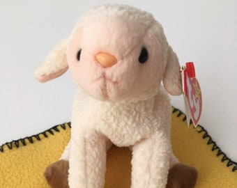 5ad4bf9f730 Ewey the Lamb Ty Beanie Baby Collection