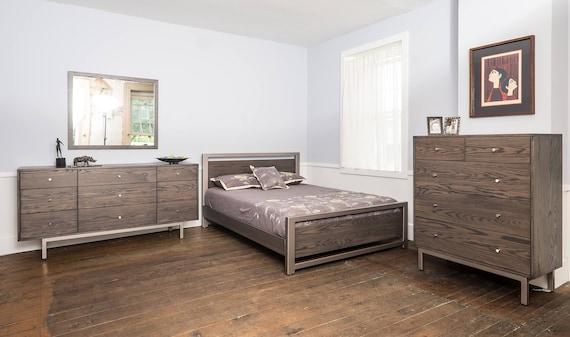 Sullivan Cove 9 Drawer Dresser / Mid Century Modern Bedroom