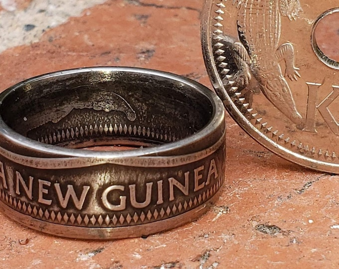 1974-2004 Papua New Guinea 1 Kina K1 - Strong Minting of Saltwater Crocodiles - Wedding Band, Promise Ring, Hunters Band, Reptile Hobbyist