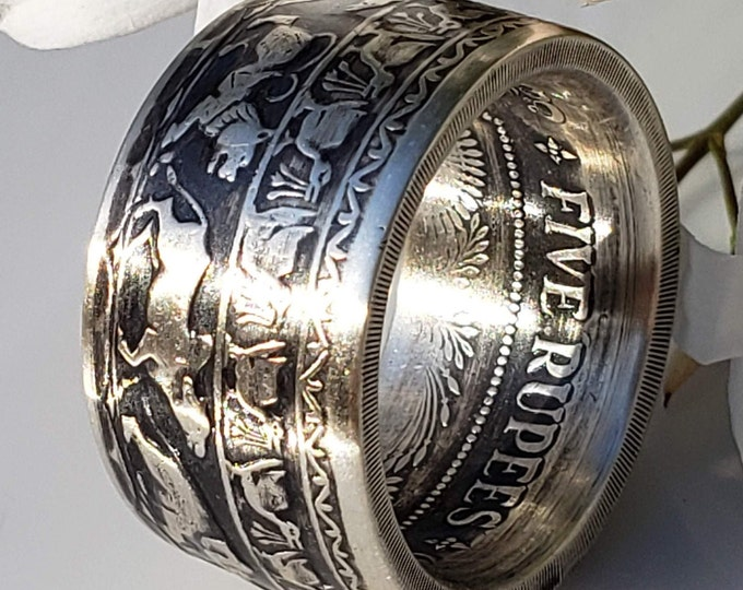 1957 CEYLON (SRI LANKA) Hand Forged Coin Ring.  Silver 5 Rupees 2500th Anniversary of Buddhism (Rare & Expensive coin converted into a ring)
