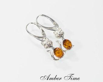 16228322de55 KB0201 Natural Baltic Amber Cat Dangle Earrings   Sterling Silver Ag 925