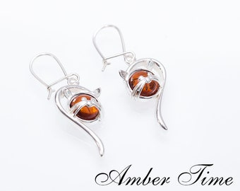 0ce4444a4f81 KB0093 Natural Baltic Amber Cat Dangle Earrings   Sterling Silver Ag 925