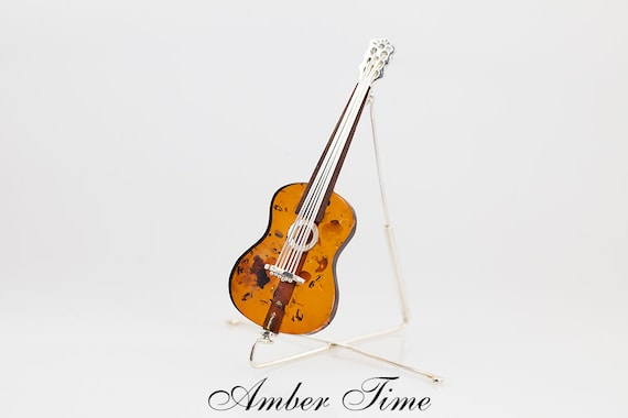MB0205 Amber Classical Guitar Brooch /& Sterling Silver Ag925 Music Jewellery Gift for Musicians
