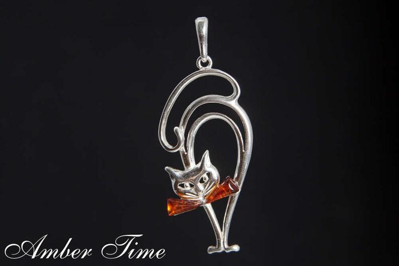 Baltic Amber Nice Kitten Pendant on Silver 925