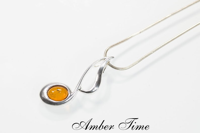 Silver Note Music Note ZB0196 Baltic Amber Note Tune Pendant /& Sterling Silver Ag 925