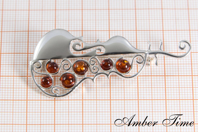 MB0141 Cello Amber Brooch /& Sterling Silver Ag925.