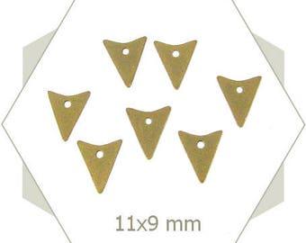 15 triangles BB204 bronze arrow charms