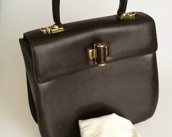 b85650fa386 Salvatore Ferragamo Brown Leather Vintage Bag   Handbag