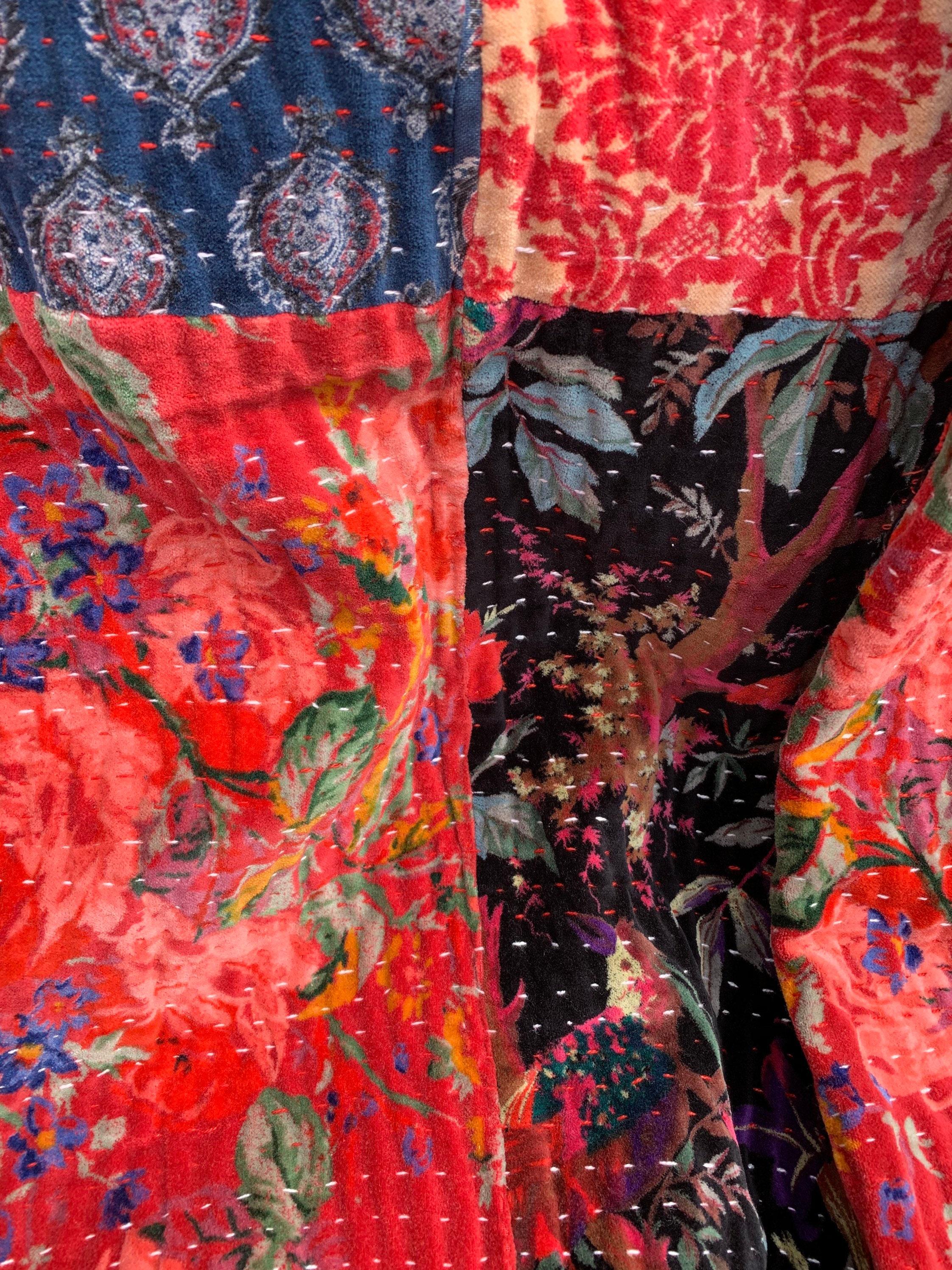 Couverture de lit de patchwork de velours
