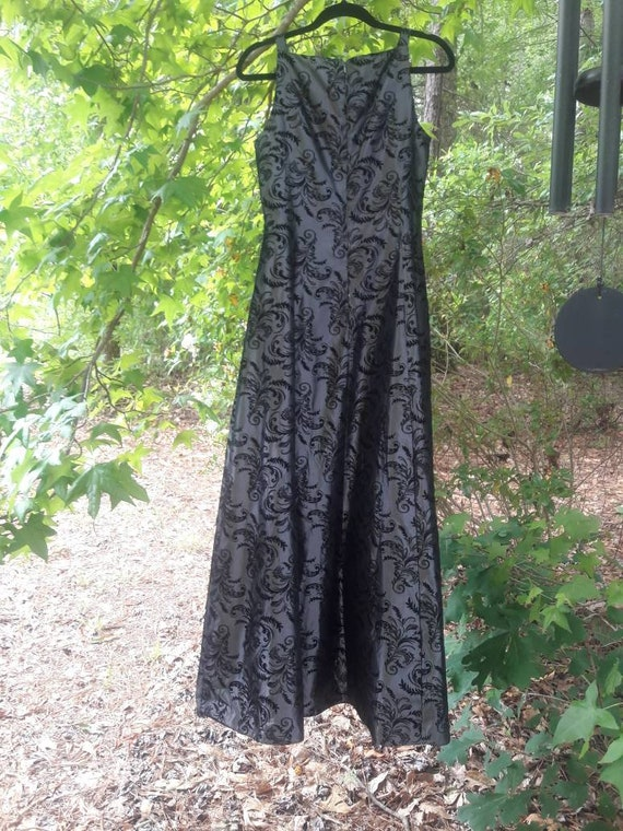 Gray and Black Vintage dress - image 4