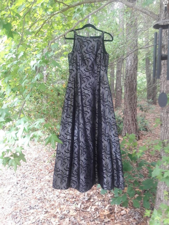 Gray and Black Vintage dress - image 5