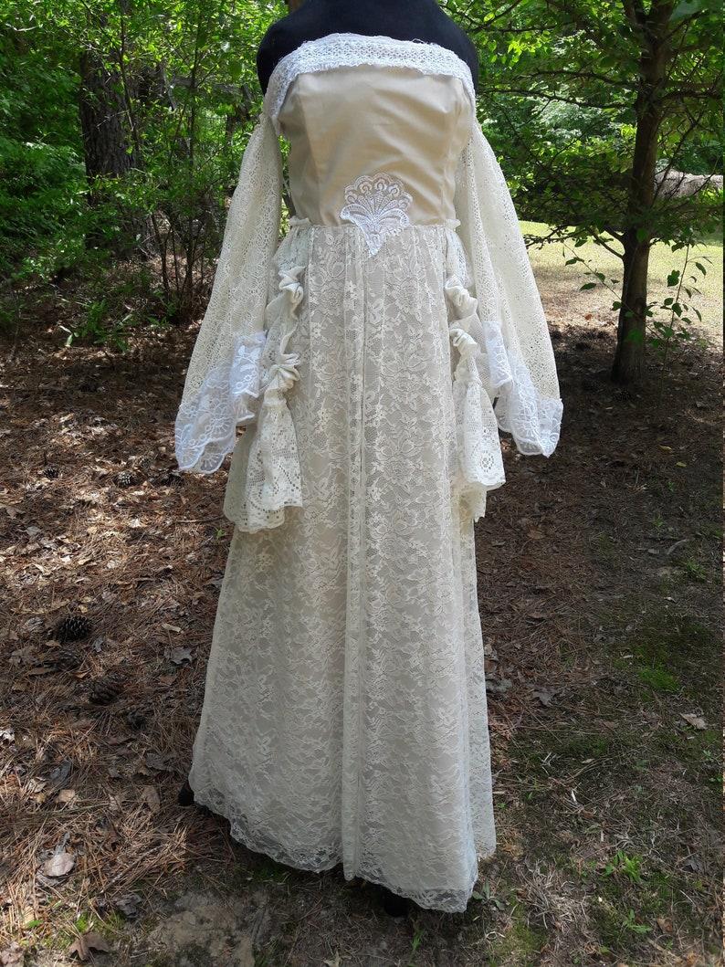 Image 0: Taupe Shabby Chic Wedding Dresses At Reisefeber.org
