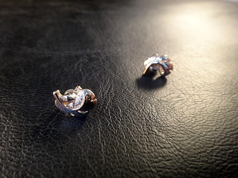 Look like pierce Feather  Rose Gold P   Magnetic earring