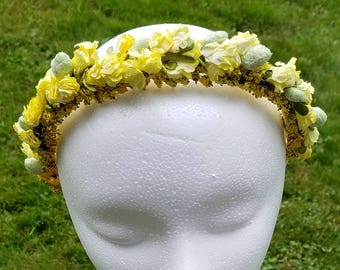 They Call Me Mellow Yellow Headpiece