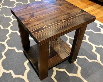 Superbe Farmhouse Rustic Side Table