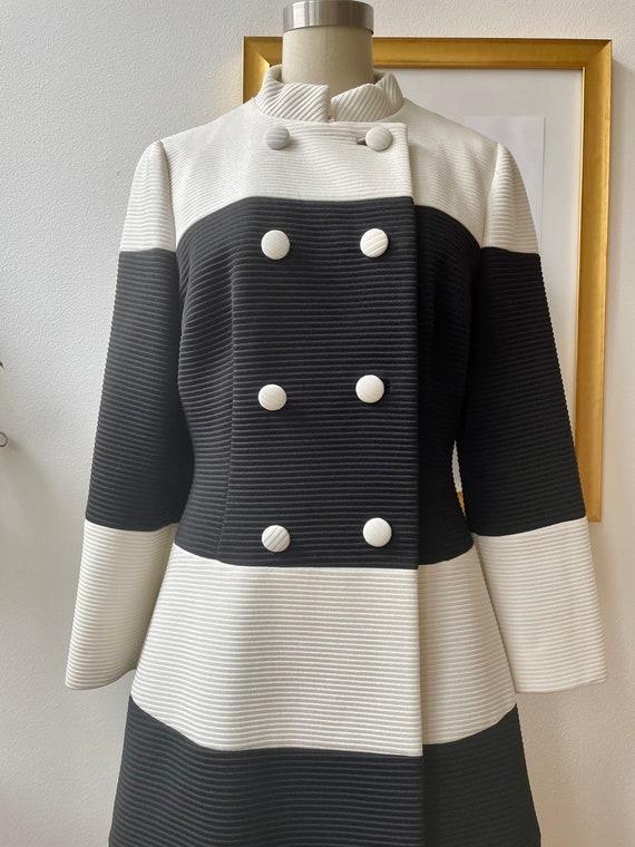 Vintage 60s black and white Lilli Ann knit coat - image 2