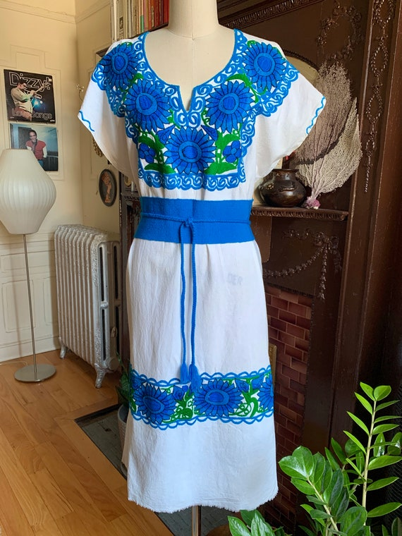 Vintage Mexican Embroidered Floral Dress