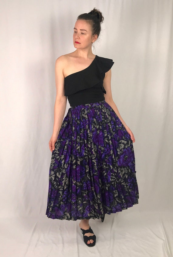 Vintage French Floral Pleated Skirt • Billevesee P