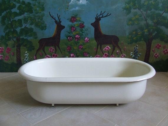 Merveilleux Garden Decor. Bird Bath. Baby Bathtub. White Enamelware White | Etsy